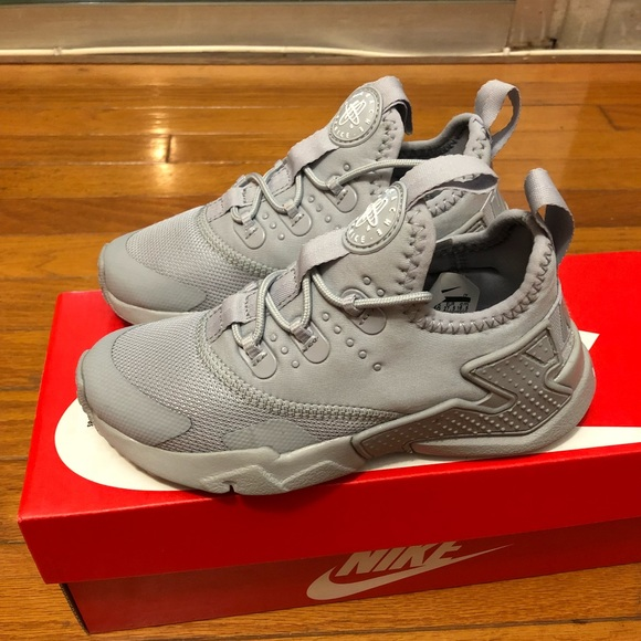 917fade1e77d Nike Huarache drift shoes child sz 10.5